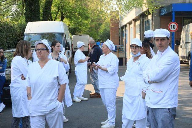 Per solidarietà fermo anche il centro pasti di Casteldebole (Schicchi)