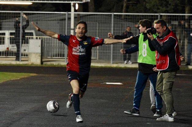 Gubbio-Fano: l'esultanza di Ferretti dopo il gol (Foto Gavirati)