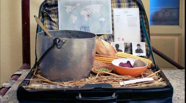Una delle valigie degli studenti delle Manzoni di Parabiago in mostra al Fuorisalone