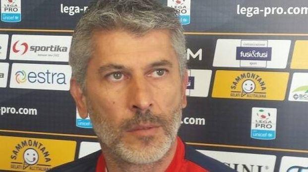Mister Scazzola in conferenza stampa