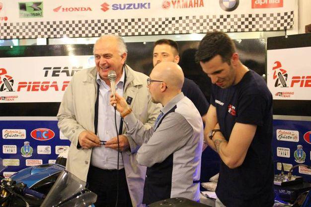 Team Piega Racing: il sindaco di Urbino Gambini (foto Ottaviani)