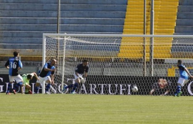 Il gol di Ciano all'8' s.t. (foto LaPresse)
