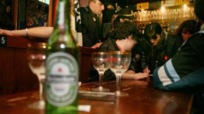 Alcolici vietati in centro dopo le 22