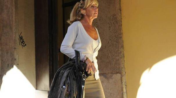 ARIA TESA Cinzia Cracchi all'uscita dell'Ibc dove lavora