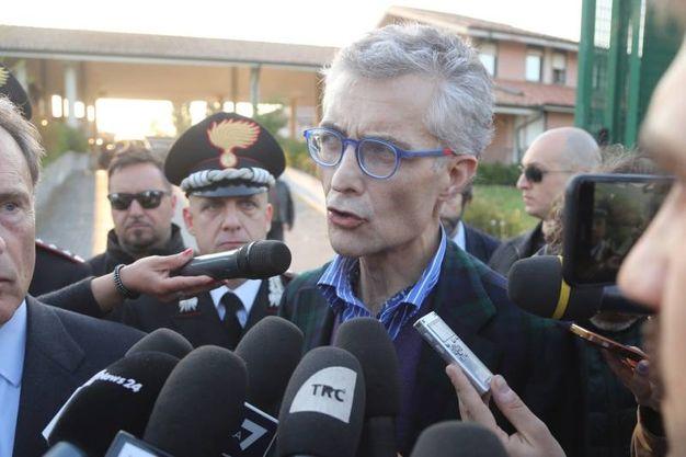 Il procuratore capo di Bologna Giuseppe Amato sul luogo delle ricerche (Foto Schicchi)