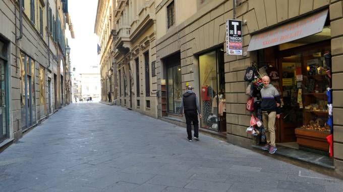 Quasi nessuno in strada nel centro storico