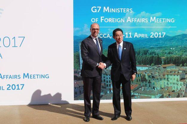 G7, l'arrivo dei ministri e il tavolo del summit
