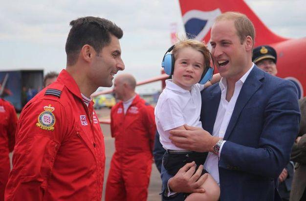 William con George alla Royal Air Force Aerobatic Team (Ansa)