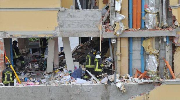 L'esplosione in via Brioschi (Newpress)