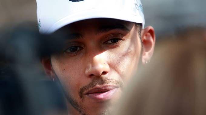 Formula 1, si corre in Bahrain. Nella foto Lewis Hamilton (Lapresse)