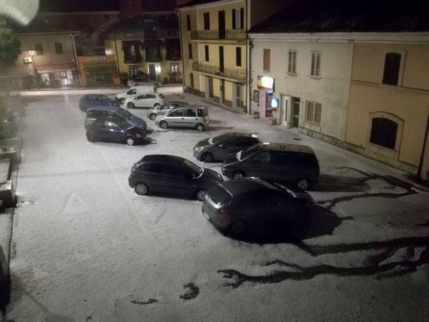 A Casinina, dopo la grandinata in piazza del Popolo (00.40 circa)