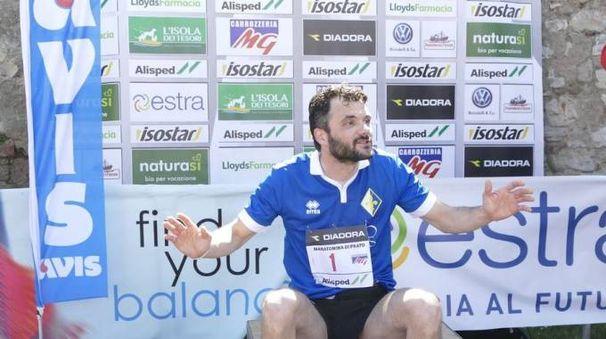 Maratonina, il sindaco Biffoni (foto Attalmi)