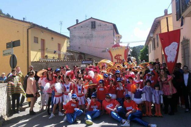 La sfilata del rione Borgo, arrivato secondo con 107 punti (foto Cappelli)