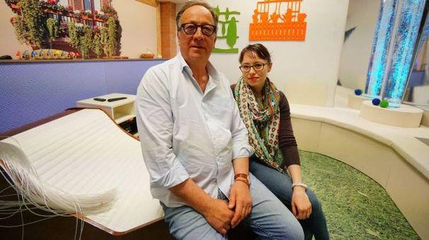 Gian Paolo Bucchioni insieme all'architetto Carlotta Ferri  (foto Acerboni/Castellani)