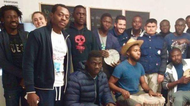 La band dei migranti