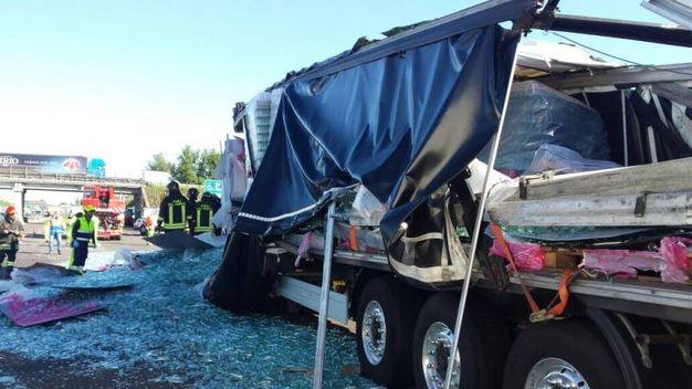 Incidente in A 1 a Modena