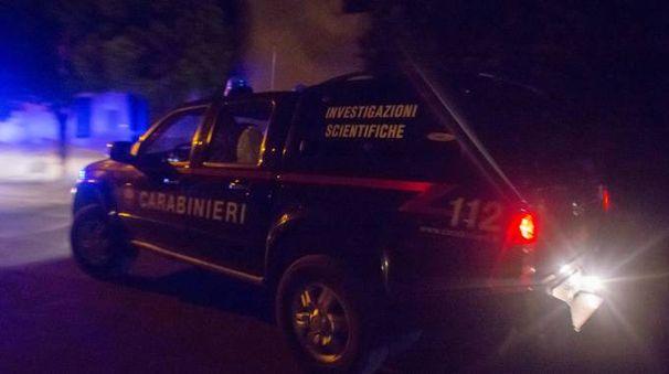 I carabinieri del Ris in azione in una casa di Marmorta (Schicchi)