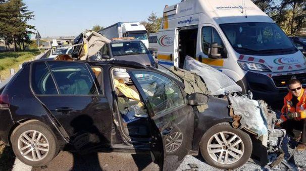 Incidente mortale in A14 tra Bologna Borgo Panigale ed il bivio per Casalecchio