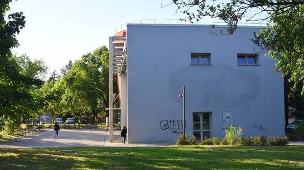 Reggio Emilia, principio di incendio in biblioteca. Evacuate 80 persone