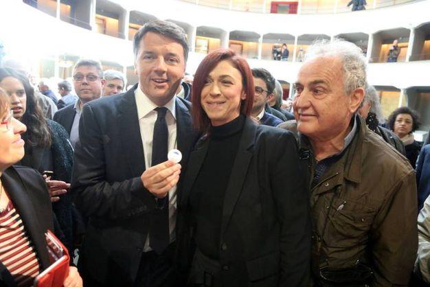 L'ex premier ha incontrato Alice Pignatti, la mamma che ha raccolto le firme pro vaccini (Foto Ravaglia)
