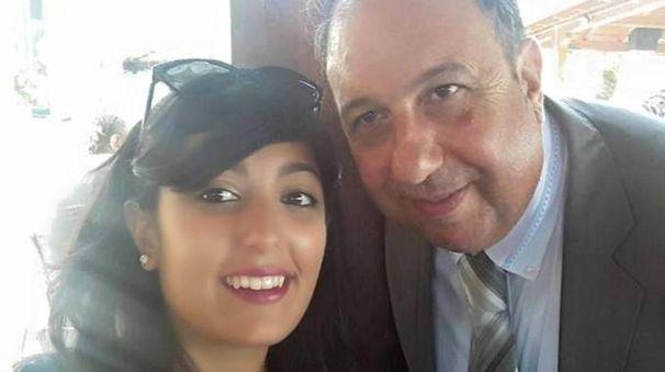 Gemma Amendolia con il padre Mauro (Ansa)