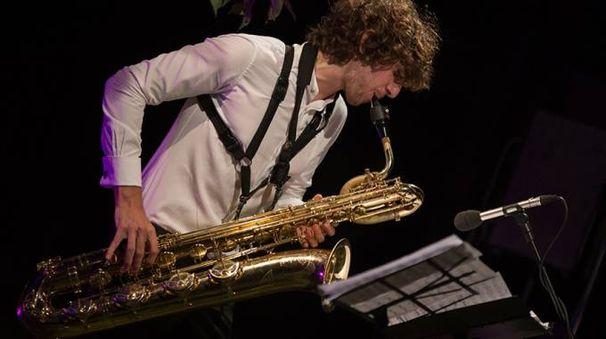 Lazzate, il sassofonista Jacopo Taddei a Filmusica