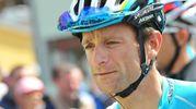 Michele Scarponi dopo aver concluso il Giro del Trentino all'8° posto, partecipa al Giro d'Italia 2014 con gradi di capitano ma è costretto al ritiro per una caduta nella tappa di Montecassino (Foto Ansa)
