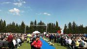 Cinquemila persone per l'addio a Scarponi (foto Ansa)