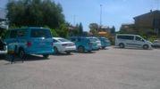 Ammiraglie e pullmini dell'Astana a Filottrano (foto Carletti)