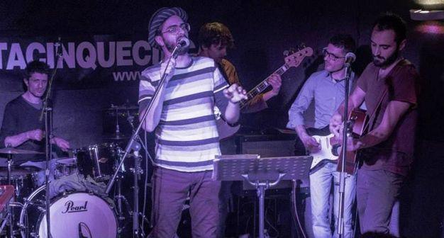 Seregno, omaggio a Dalla con la band Volpi senza Tana