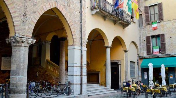 Il municipio di Lodi