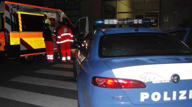 Sono intervenuti polizia e ambulanza