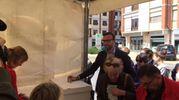 Il consigliere regionale del Pd Antonio Mazzeo al momento del voto a Pisa