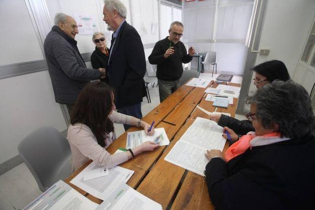 Il seggio alla Sede Associazione Archi Vivi (foto Antic)