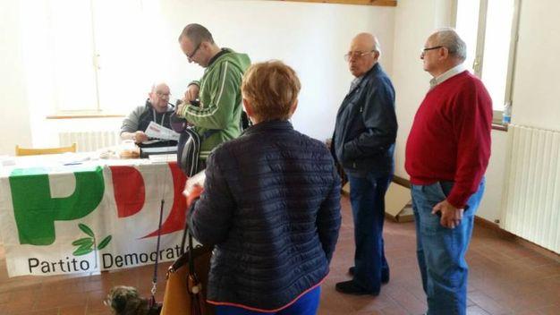 In coda per votare anche a Cuccurano