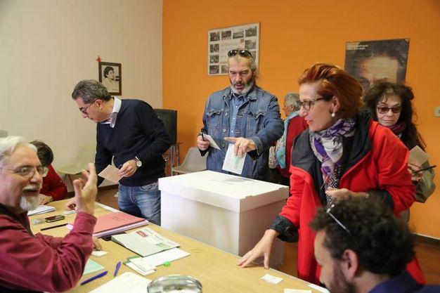 Alle 12 Hanno votato 100.450 elettori, in Emilia-Romagna (foto Isolapress)