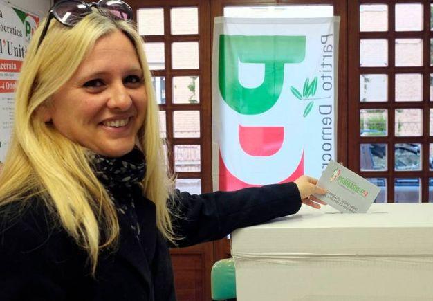 Romina Mosciatti al voto (foto Calavita)