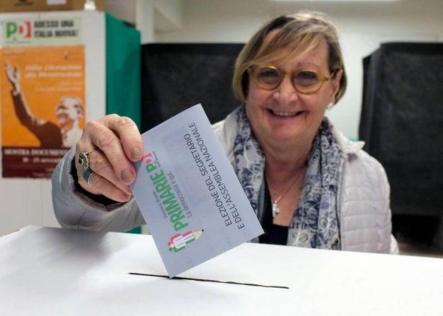 Le primarie Pd a Macerata (foto Calavita)