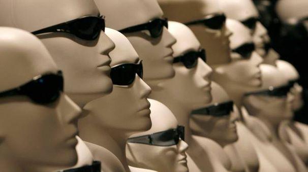 Occhiali da sole in mostra