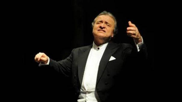 Il direttore d'orchestra Donato Renzetti
