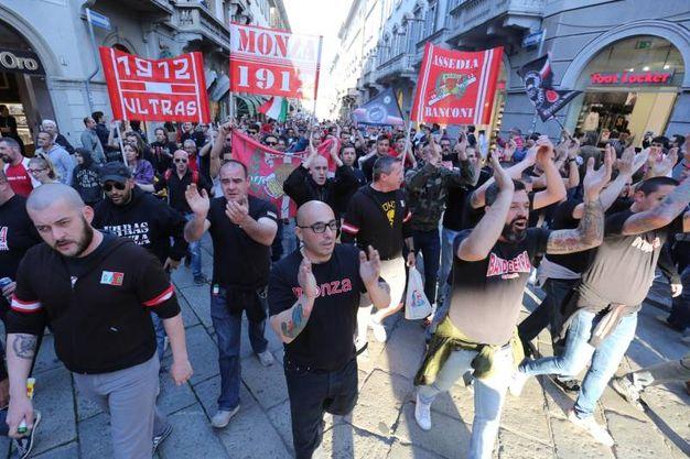 Promozione in Lega Pro: Calcio Monza in festa coi tifosi