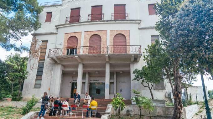 Fermo, l'ex albergo Casina delle Rose (foto Zeppilli)