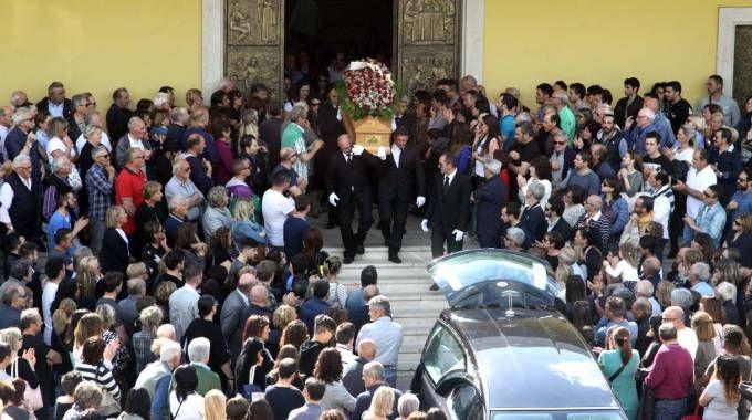 Il funerale di Pietro Serafini (Foto La Bolognese)