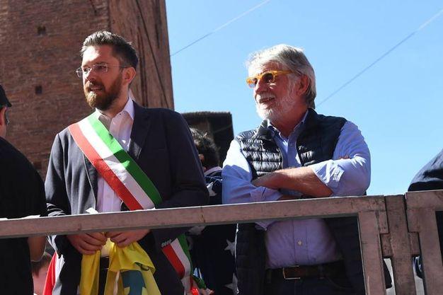 L'assessore comunale allo Sport, Matteo Lepore, sul palco (fotoSchicchi)