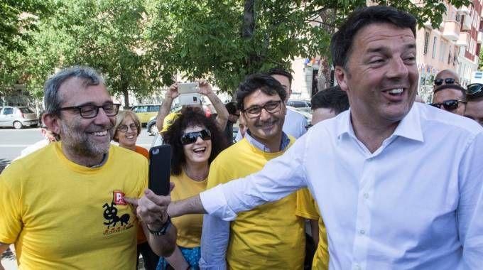 Matteo Renzi all'iniziativa per pulire Roma dai rifiuti