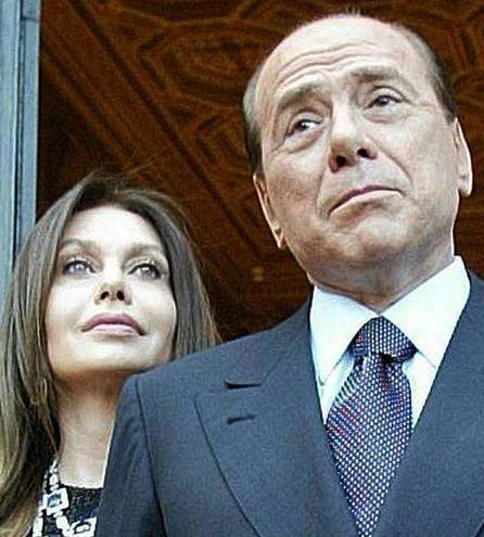 Silvio Berlisconi e Veronica Lario (Ansa)