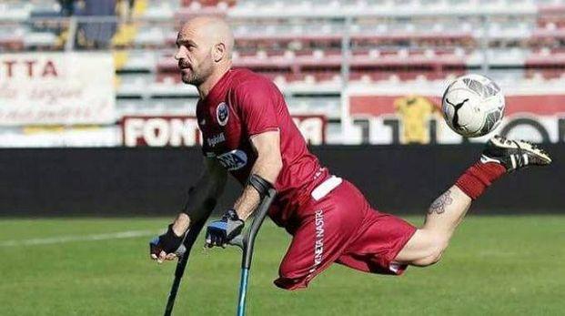 Daniele Piana, 38 anni, attaccante della nazionale, in azione di gioco