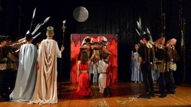 Porto San Giorgio, la Norma messa in scena dagli alunni della scuola media Nardi