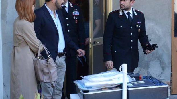 I carabinieri con il sostituto procuratore, Monica Bombana