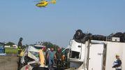 L'elisoccorso sul posto (foto Veca)